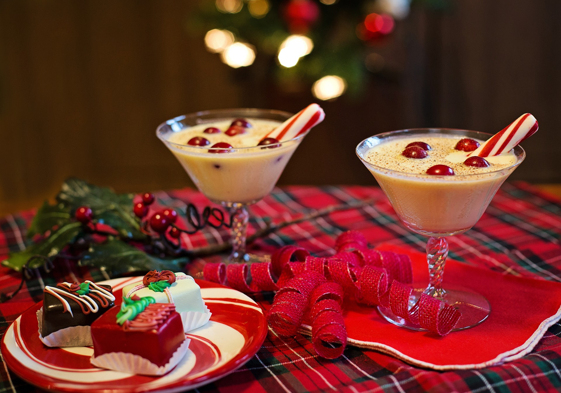 Ultimate Free Range Eggnog Recipe and Other Festive Drinks